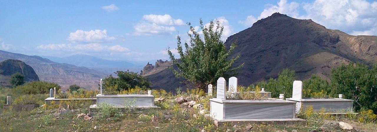 Köy Mezarlık Çalışmaları